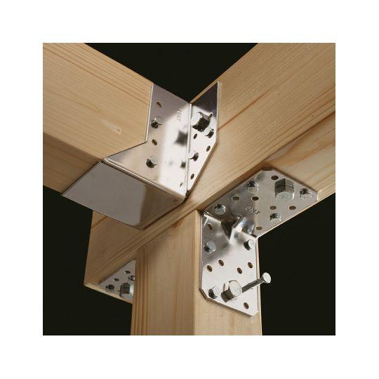 Coltar perforat 90 grade Tip 4n- 70x70x55x2.5 mm Everpro