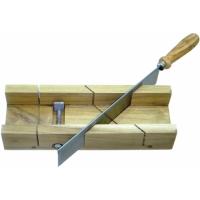 Ferastrau taiat lemn la 45 - prindere